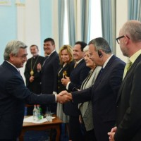 oscar-tatosian-meeting-president-of-armenia